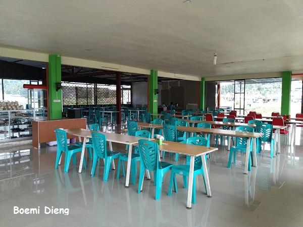Rumah makan area Dieng dekat Kawah