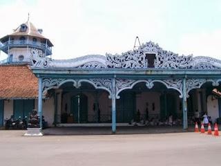 Keraton Surakarta Di Jaga Prajurit 4 Penjuru