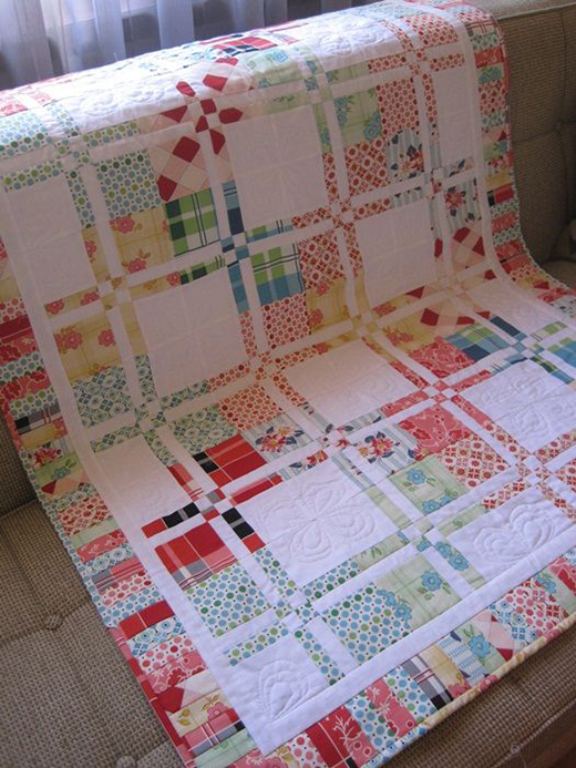 Disappearing four patch Quilt designed by Andie Johnson Sews, The Pattern by Cindy Sharp of Tops to Treasures