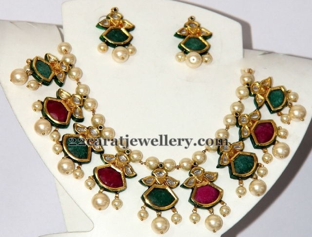 Semi Precious Stones Necklace Jewellery Designs