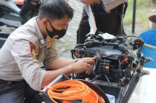 Kisah Cerita Dua Personel SAR Ditpolairud Polda Jateng Saat Mencari Korban Perahu Tenggelam Kedung Ombo