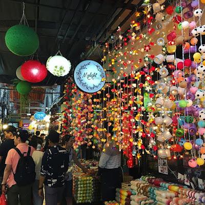chatuchak market belanja seru