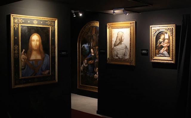 Peças expostas na Leonardo Da Vinci Experience