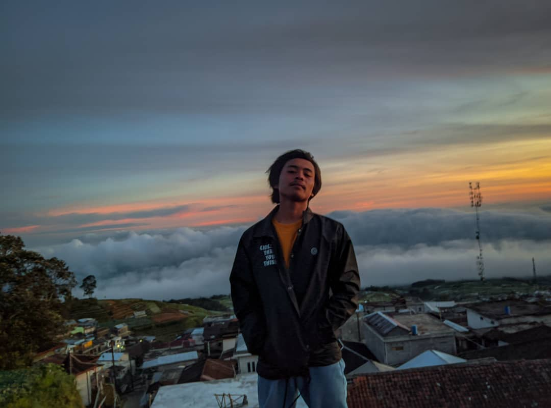 sunrise gunung sumbing nepal van java
