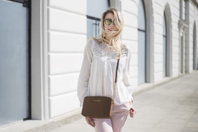 42818ff009f86 bluzka, spodnie - Zara | torebka - Michael Kors | buty - Gino Rossi