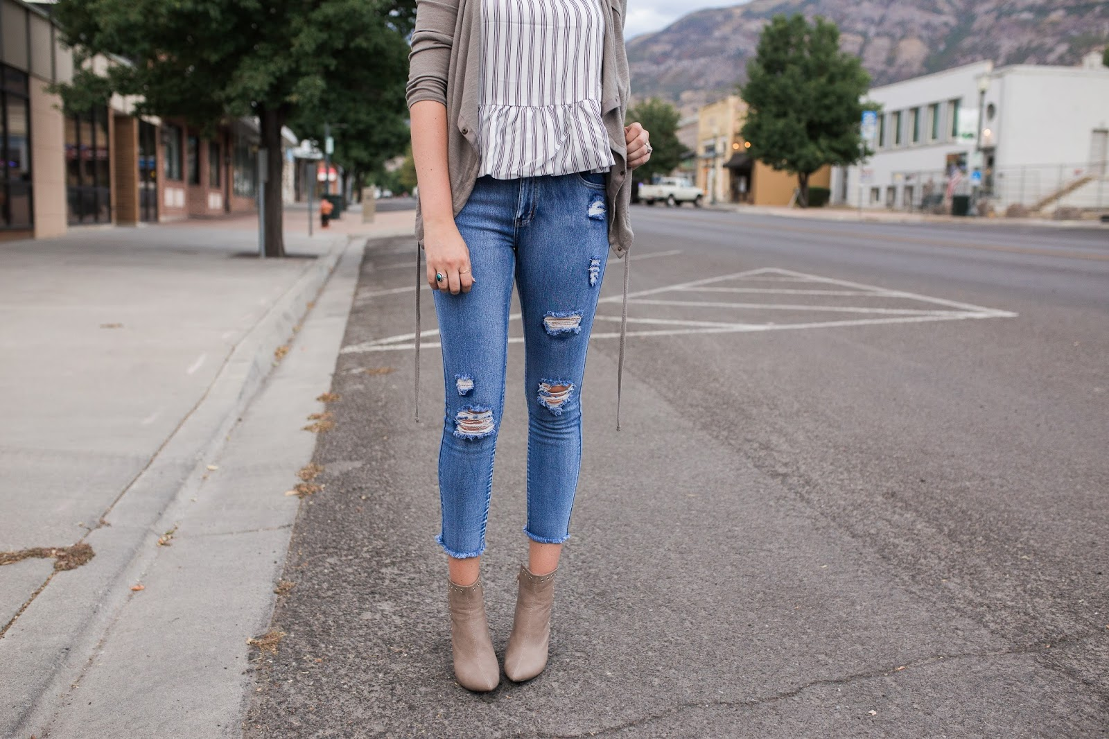 distressed jeans, fringe jeans, fall booties