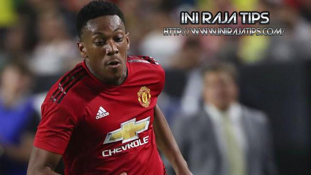Manchester United Siap Tukar Martial Dengan Alderweired