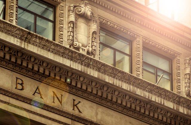 Tips Dalam Memilih Bank yang Cocok untuk Kebutuhan Kamu