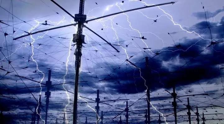 Ξαφνικά... φθινόπωρο: Βροχές και καταιγίδες σήμερα σε όλη τη χώρα - Πτώση της θερμοκρασίας