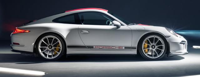2017 Porsche 911 R Exterior