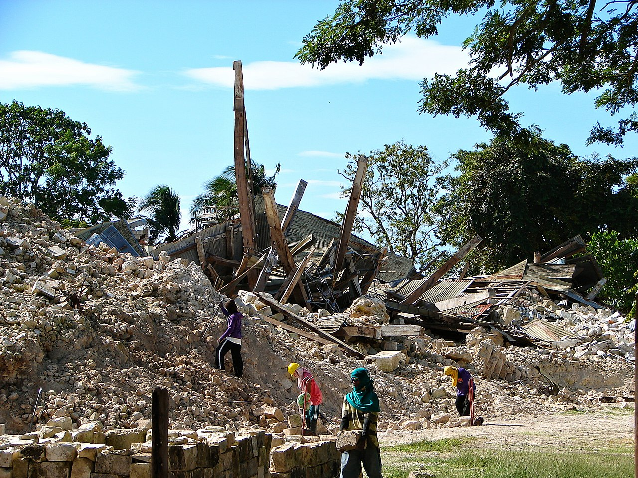 Loon church building and convent were reduced to rubble when a 7.2 magnitude earthquake struck Bohol