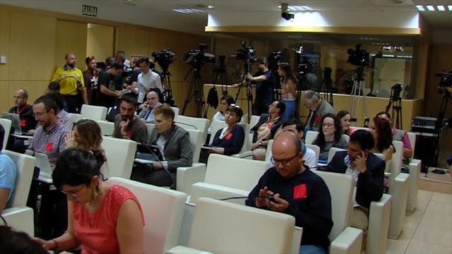 Periodistas españoles advierten falta de libertad de prensa