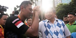 WismaQQ.com | SBY yakin Agus-Sylvi Bisa Mengubah DKI Ke Arah Lebih Baik