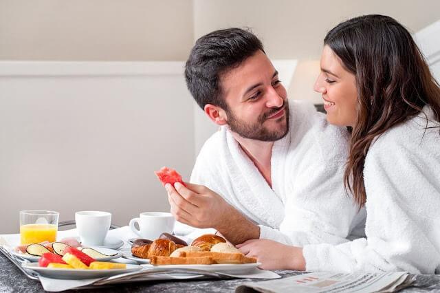 اطعمة تعزز من القدرة الجنسية وتشعل شهوتكما