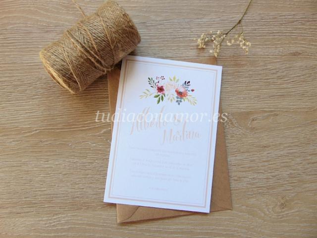 Colección de invitaciones bonitas y románticas con flores para el 2017