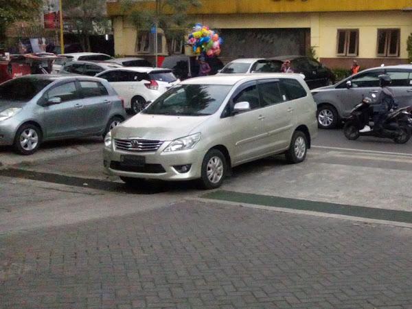 Tarif parkir baru di Bandung berlaku 1 Mei 2017