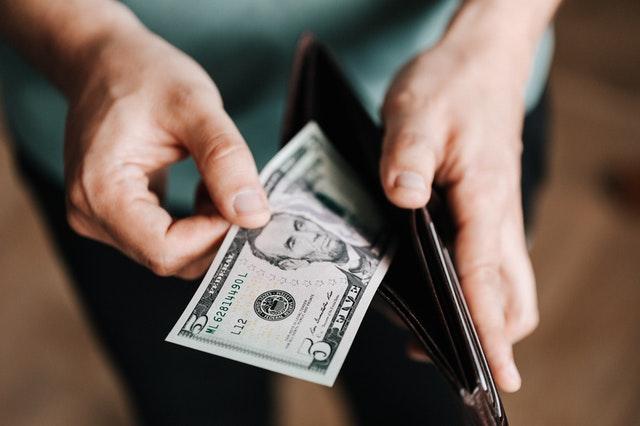 Bagaimana Cara Mendapatkan Uang dengan Modal Kecil ?