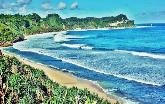 Nikmati Keindahan Wisata Alam Pantai Wonogiri