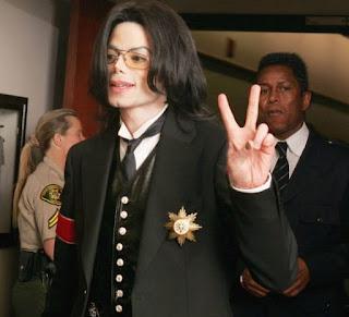 Jermaine Jones believe Quincy Jones felt the pressure to remove Michael Jackson's music