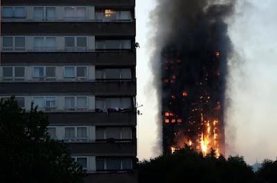 épülettűz, Grenfell Tower, London, North Kensington, tűz
