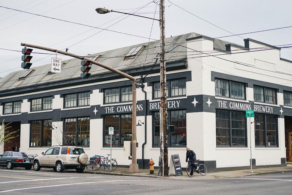 コモン・ブルワリー(The Commons Brewery)