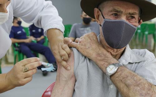 Toledo aguarda novamente  um novo lote de vacina para retomar a aplicação da primeira dose