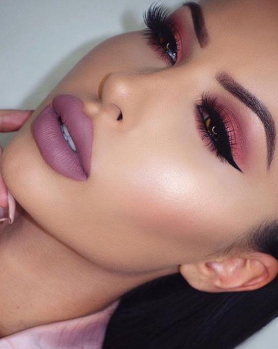 cool pink make up idea