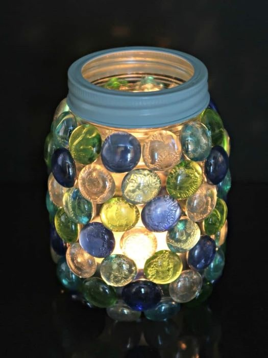 A simple and easy way to upcycle a glass jar to bring beautiful light into a room