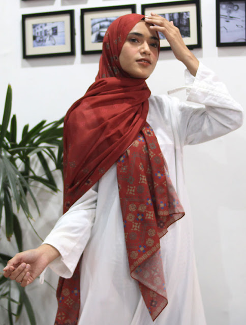Pashmina cantik dari hijab.id