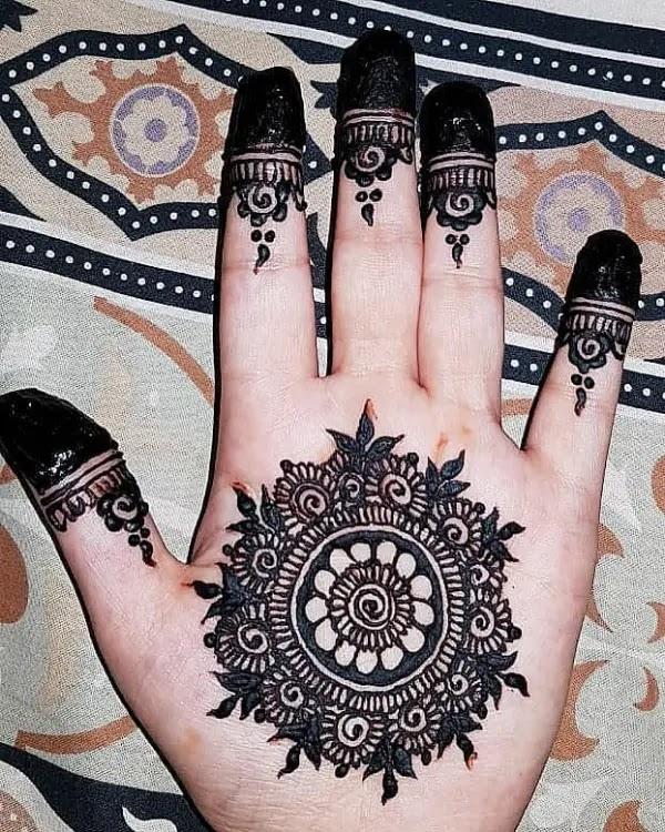 beautiful pakistani mehndi designs