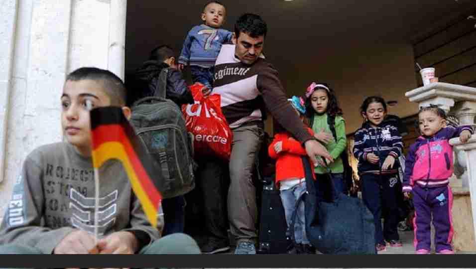 طالبي اللجوء العراقيين بالمانيا يواصلون العودة الطوعية