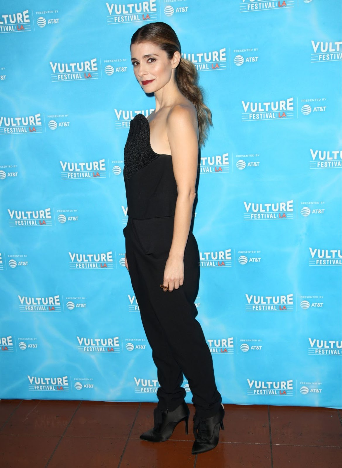 Shiri Appleby looking hot in black dress at Unreal vs Superstore Vulture Festival Event in Los Angeles