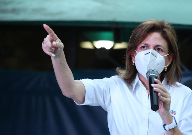 """Vicepresidenta: """"El que se equivoque debe salir del gobierno"""""""