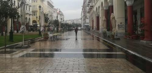 Μήνυση κατά παντός υπευθύνου για την εξάπλωση της Covid στη Θεσσαλονίκη