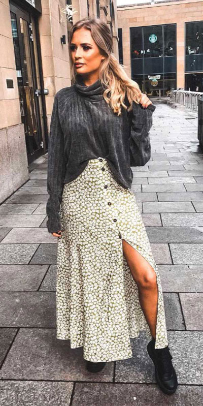 Capture everyone's attention with these latest summer looks. 27 Trending Summer Outfits by Stylish Instagram Influencers. Summer Styles via higiggle.com | skirt outfits | #summeroutfits #instagram #style #skirt