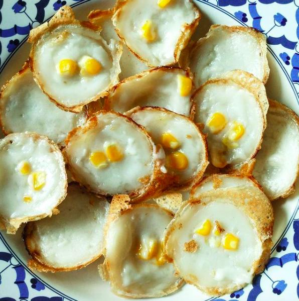 khanom krok - thai coconut pancakes