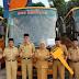Hendra Gunawan Serahkan 10 Unit Bus Sekolah