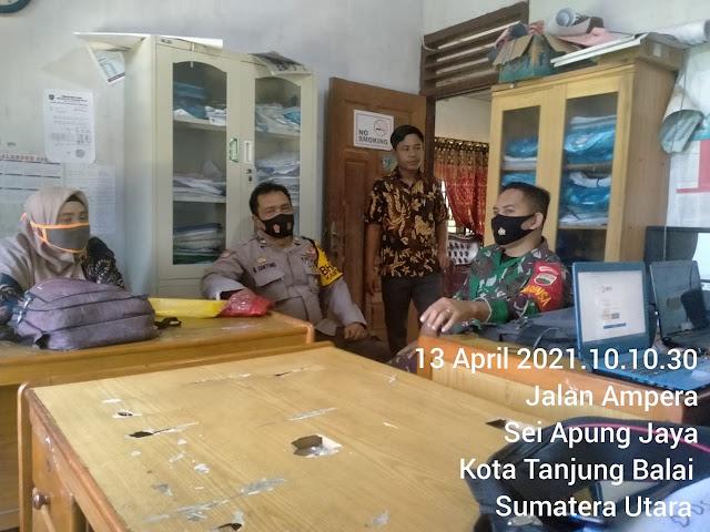 Dengan Laksanakan Komsos Personel Jajaran Kodim 0208/Asahan Dengan Babinkamtibmas Dan Perangkat Desa
