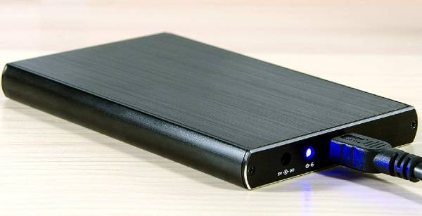 Considerations for using a hard drive for external storage