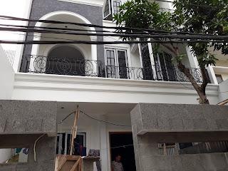 pemasangan Railing Balkon Besi Tempa minimalis