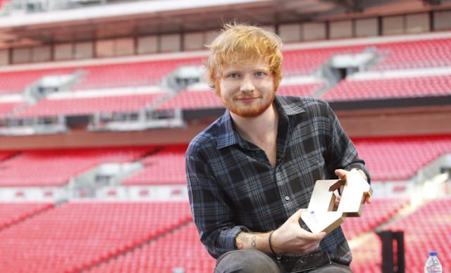 Ed Sheeran continúa liderando el chart del Reino Unido