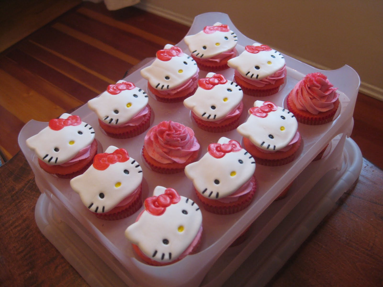Pixie Crust Hello Kitty Cupcakes Quot Pink Velvet Quot Stuffed