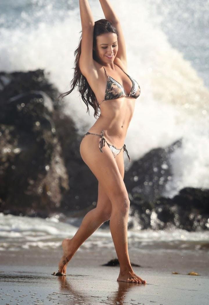 Fappening Daniela Freitas  nudes (54 images), Facebook, cleavage