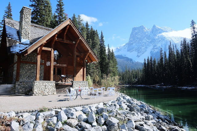 Emerald Lake Lodge, Emerald Lake, Yoho National Park, British Columbia, Canada