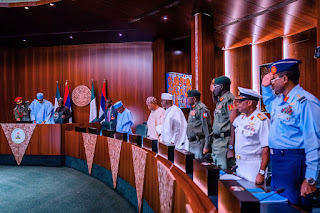 Buhari Calls For Security Meeting With Service Chiefs