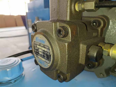 Hydraulic pump failure causes