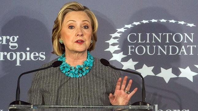 Clinton enviou o e-mail em 17 de agosto de 2014 para Podesta. Era um plano de oito pontos para derrotar o ISIS no Iraque e na Síria