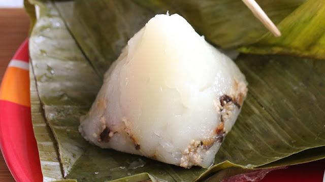 Vietnamese rice pyramid dumplings 2