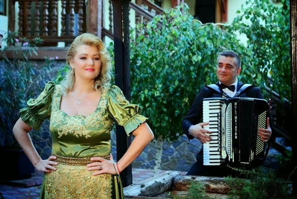 Formatie Nunta Formatia Simona Tone Muzica Pentru Evenimentul