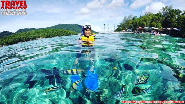 Rubiah Island is a beautiful island located on the northern tip of Sumatra Island